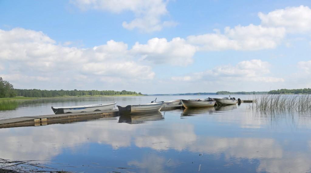 Hyr båt i Åsnen.